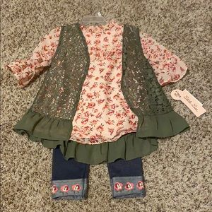 Toddler Girl Blouse, Vest, and Pant set 3T